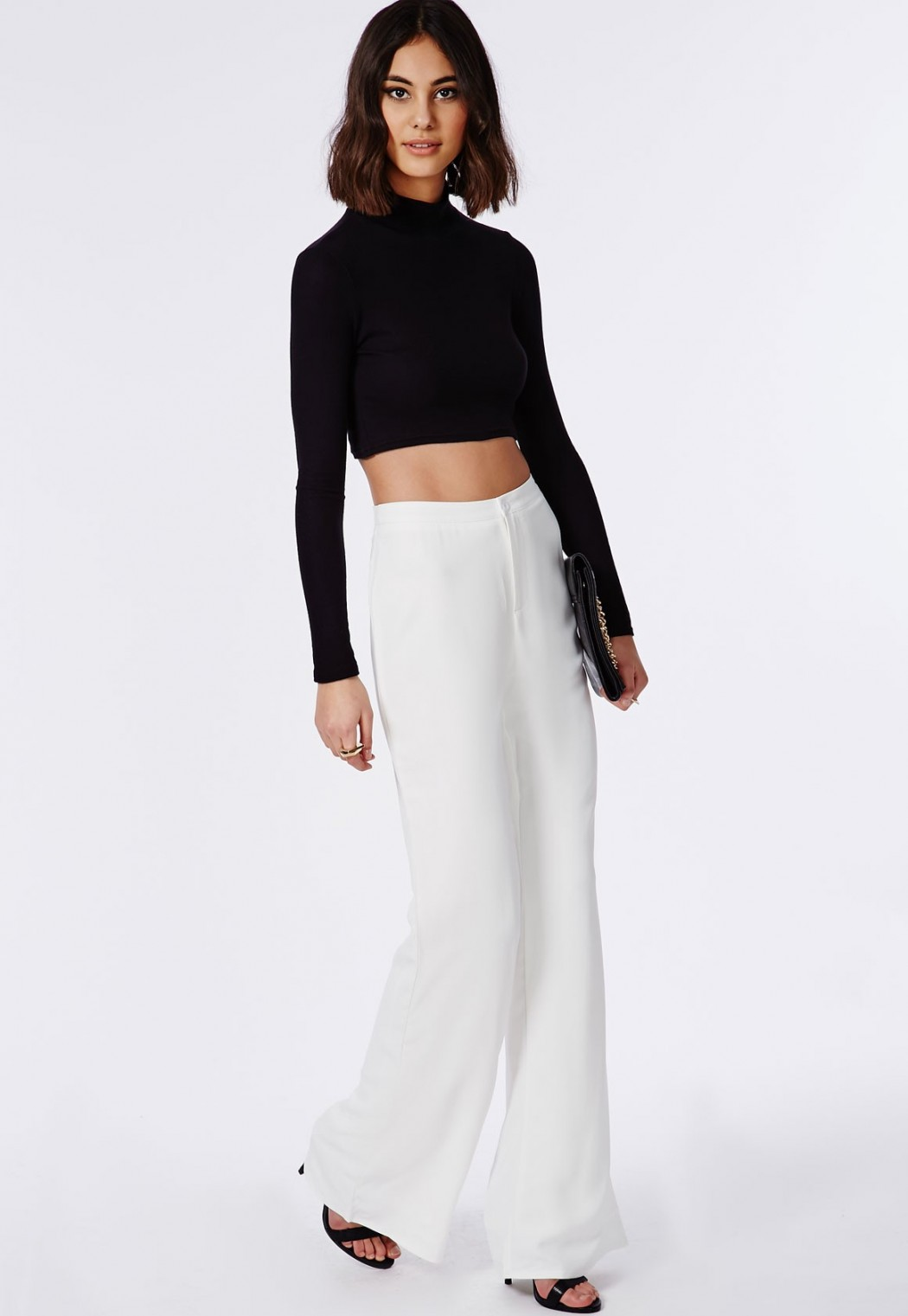 pantalon large femme menue ou ronde vous pouvez le porter. Black Bedroom Furniture Sets. Home Design Ideas