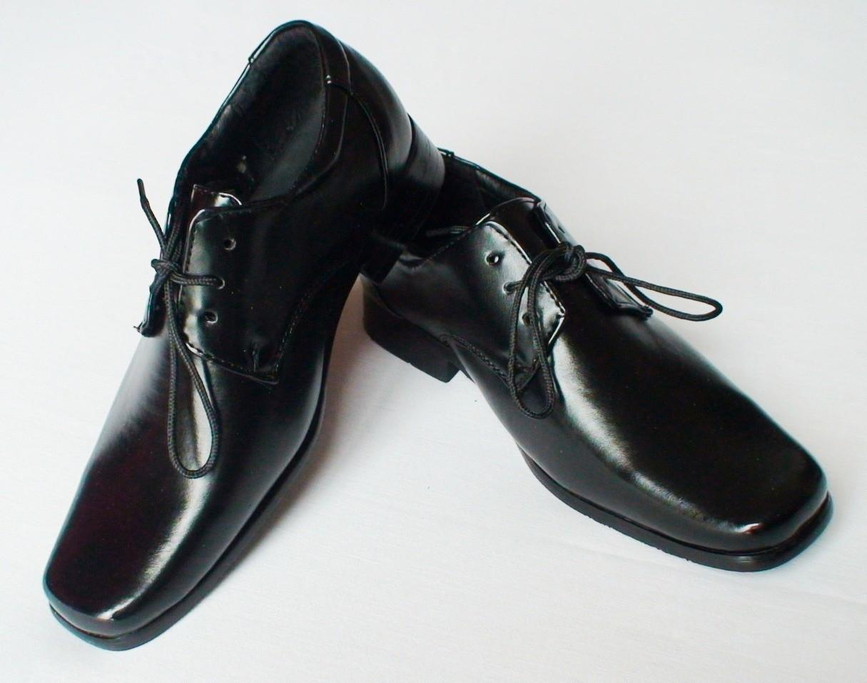 Pour le dos, il vaut mieux éviter les chaussures trop plates